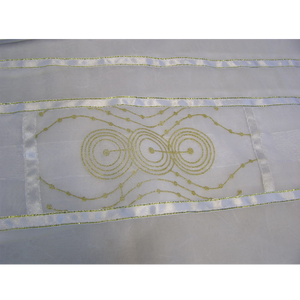 Gold Circles Tallit for women
