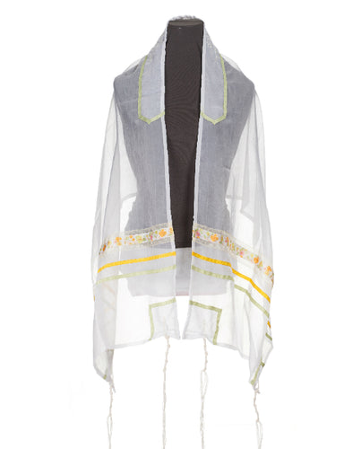 Delicate summer flowers Tallit for girl, Bat Mitzvah tallit