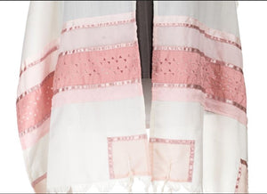 Pink Star of David Tallit for women, girls tallit, bat mitzvah tallit, tallit for women, pink tallit close up