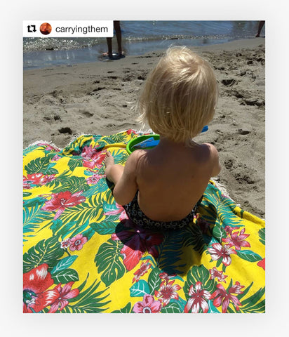 Happy Customer Flor da Mata Beach towel