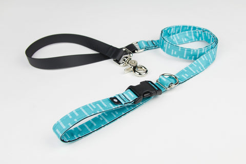 Pacifica Adjustable Dog Leash / Aqua
