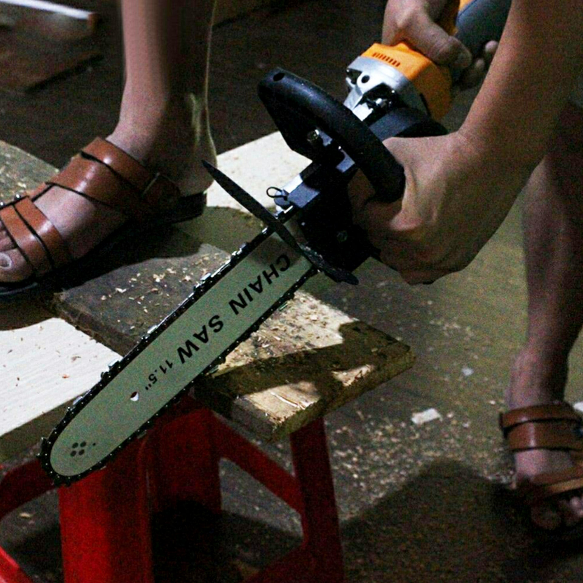 Chainsaw Bracket(Angle Grinder is not Included) – KotseAvenue