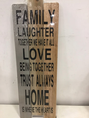 LOVE FAMILY SIGN WOOD COLOR