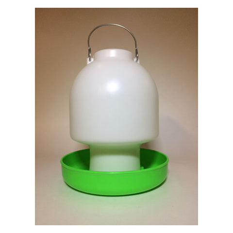 Plastic Green & White Ball Waterer 2.5L