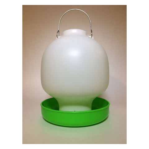 Plastic Green & White Ball Waterer 4L