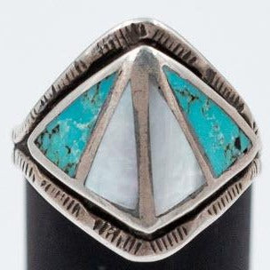 Zuni 1970s Turquoise and Shell Ring