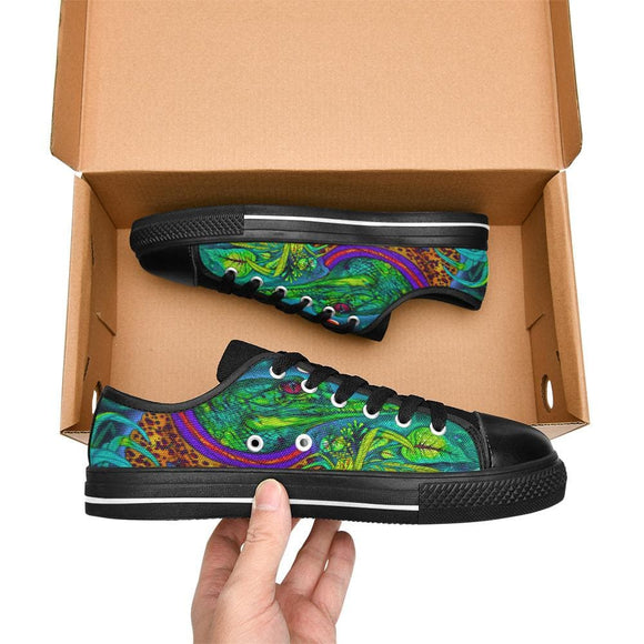 Cartoon Alligator Lurking Graphic Shoes For Men