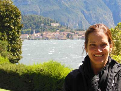 Watercolor artist Heidi Rosner at Lake Como in Northern Italy.