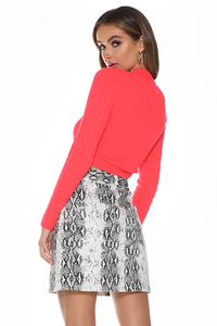 TRIPPIN SWEATER - NEON CORAL