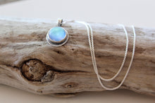 "Load image into Gallery viewer, Reversible 18"" Blackended Sterling Silver Opalite Necklace"