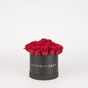 Medium Black Box Red Roses By Bloomingbox - www.alabalii.com