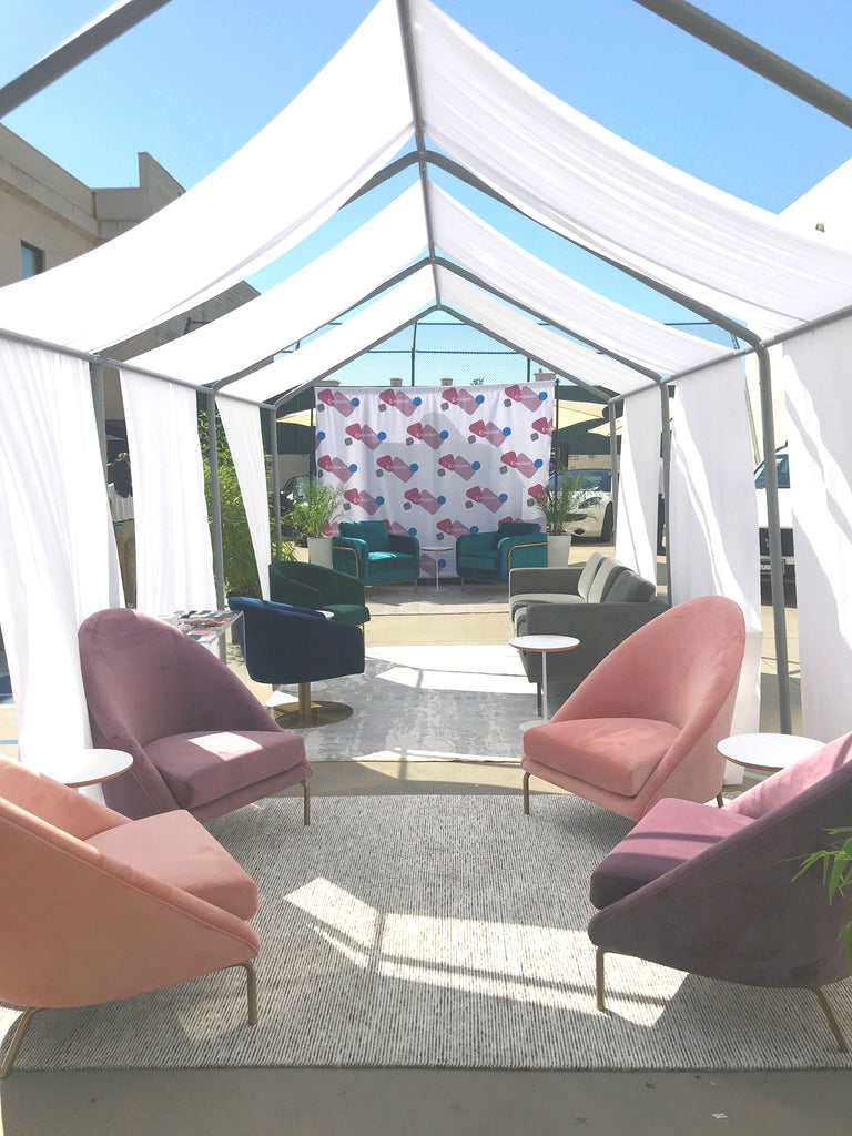 Emmy's Celebrity Lounge by Emblem Contract