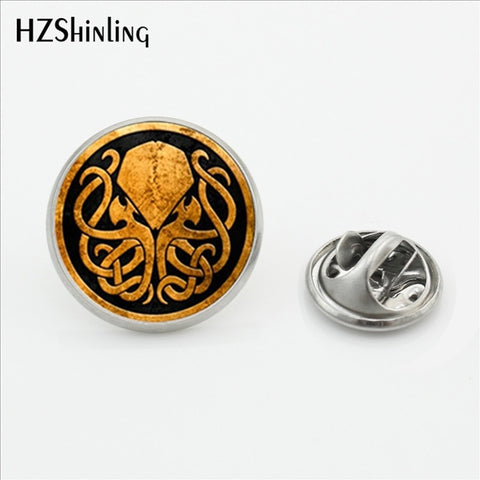 Cthulhu Emblem Pin - True crime shop