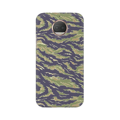 Scattered Green Camouflage Motorola Mobile Covers