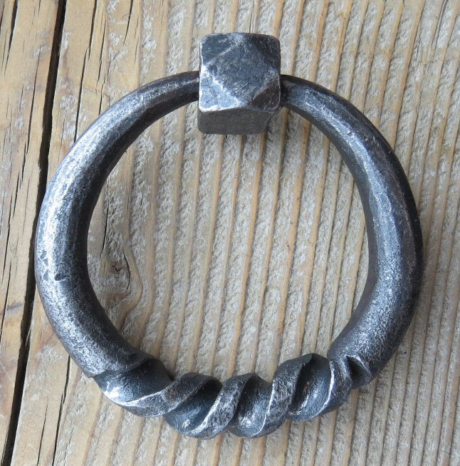 "4 1/2"" Round Twist Base Ring"