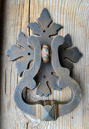 HRP-324 Roman Acanthus Leaf Door Knocker / Ring Pull