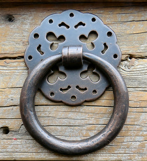 HRP-345-B  Round Shabby Chic Door Knocker/ Ring Pull