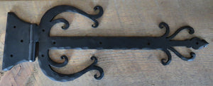 Load image into Gallery viewer, Celtic Iron Functioning Hinge Strap