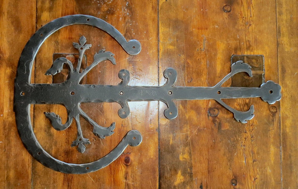 Load image into Gallery viewer, XL German Castle Iron Faux Hinge Strap