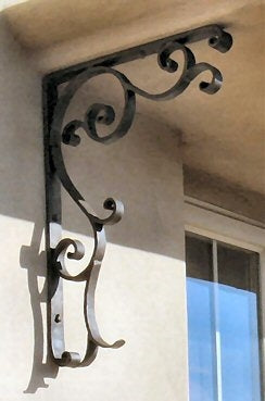WCC-348 Chateauesque Iron Corbel