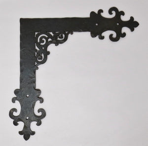 "Gothic Cathedral Iron ""L"" Plate"