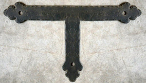 "Load image into Gallery viewer, Mediterranean Iron ""T"" Strap"
