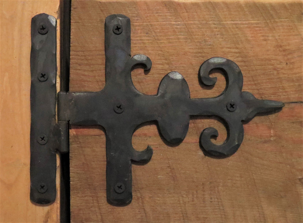 Load image into Gallery viewer, Georgian Iron Hinge