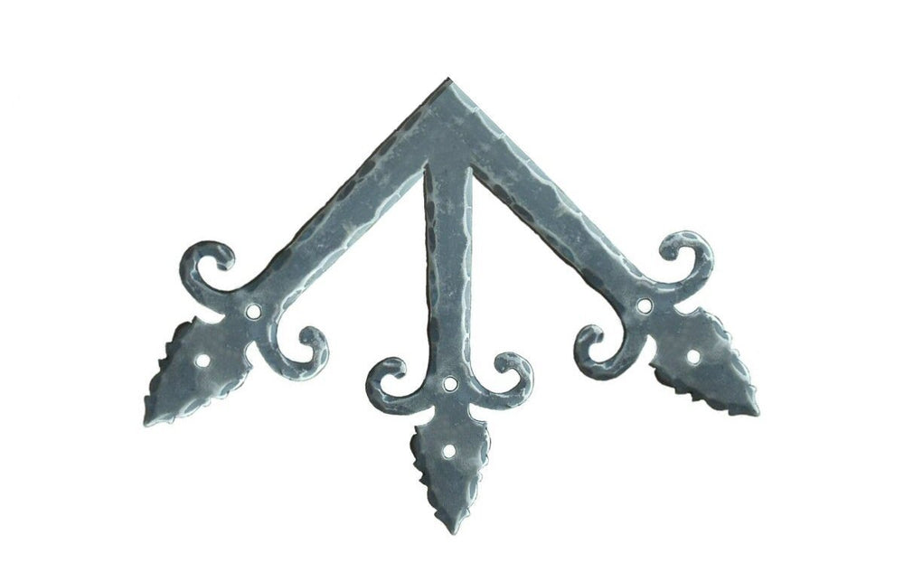 Medieval Iron Ridge Center Plate