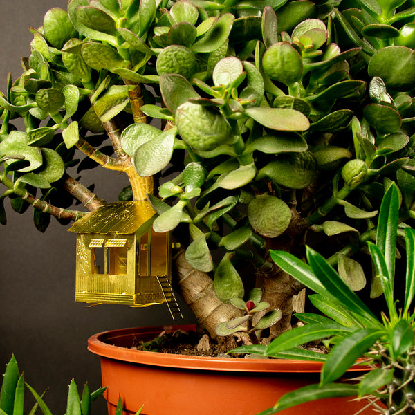 Tiny Treehouse for your Houseplants