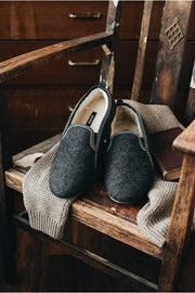 Men's Grey Felt Slippers - ONAIE