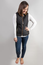 Load image into Gallery viewer, Yes Queen Quilted Vest with Sherpa Lining