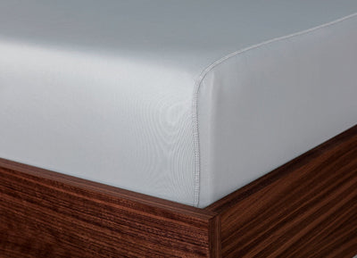 Original Performance Fitted Sheet on bed in Pearl Blue #choose-your-color_pearl-blue