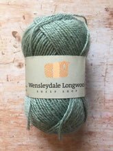 Load image into Gallery viewer, Wensleydale Longwool 4 ply
