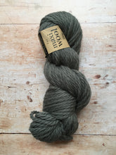 Load image into Gallery viewer, Erika Knight - Maxi Wool (super chunky)