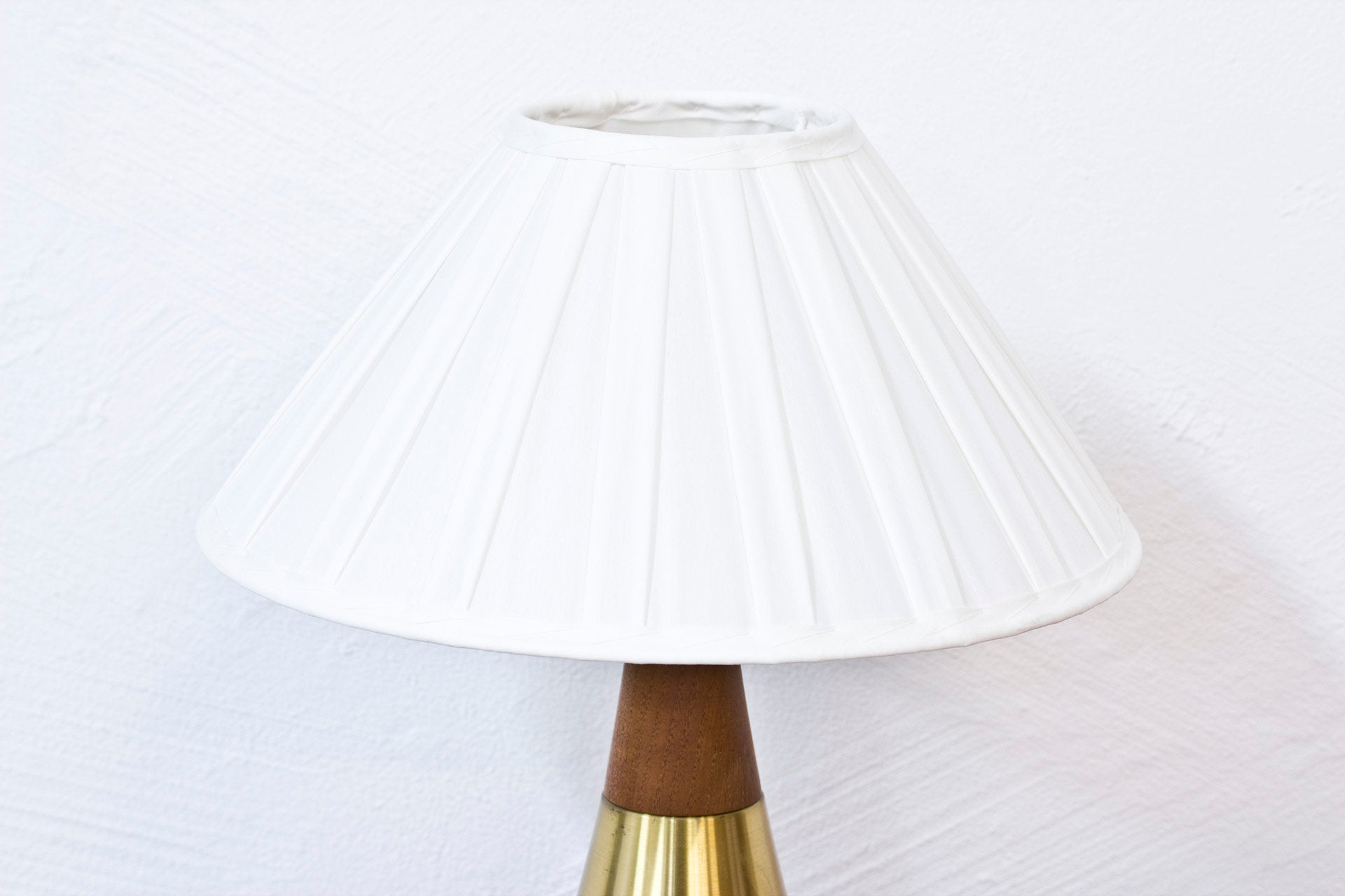 "1950s ""B-07"" table lamp by Bergboms"