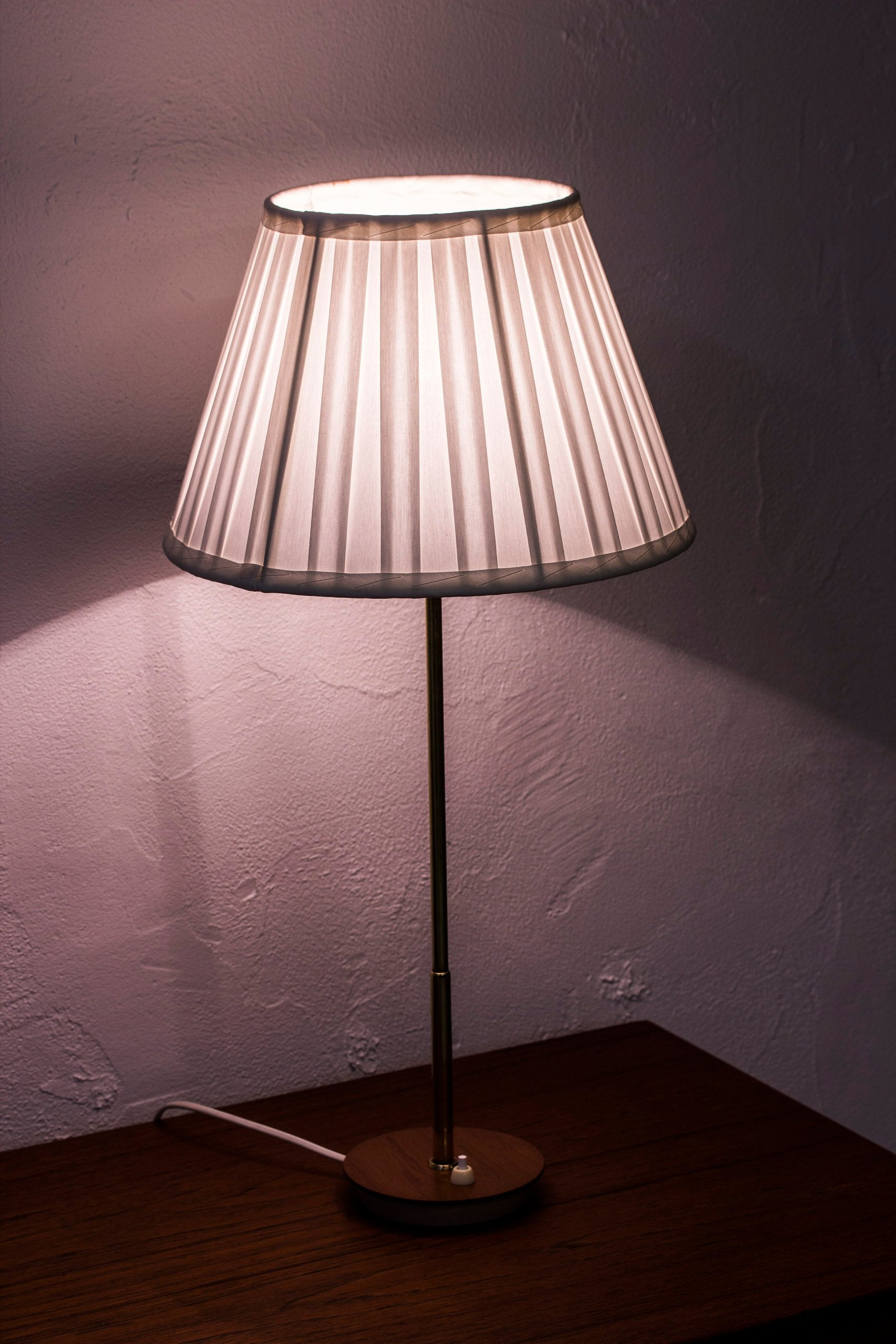 1940s table lamp by Bertil Brisborg