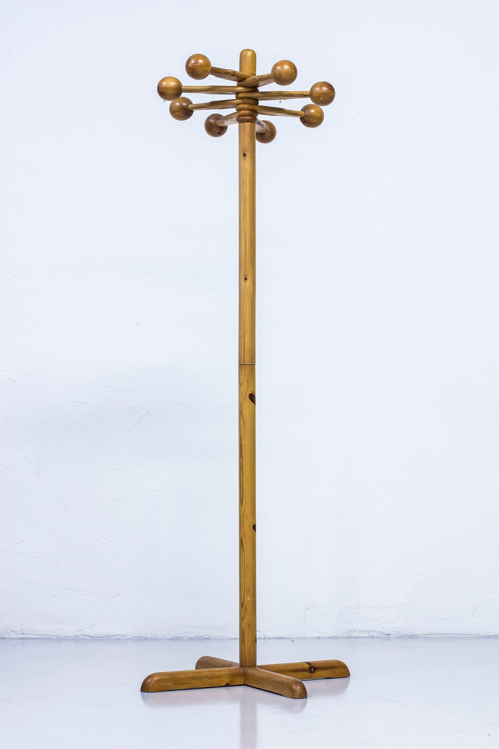 Swedish Coat hanger in pine from the 1970s