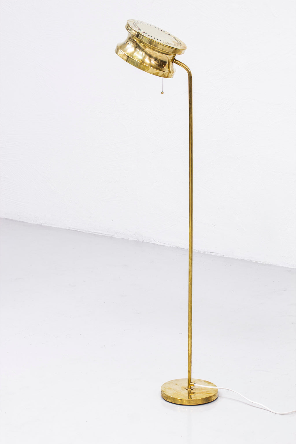 Floor lamp by Tyringe kontshantverk