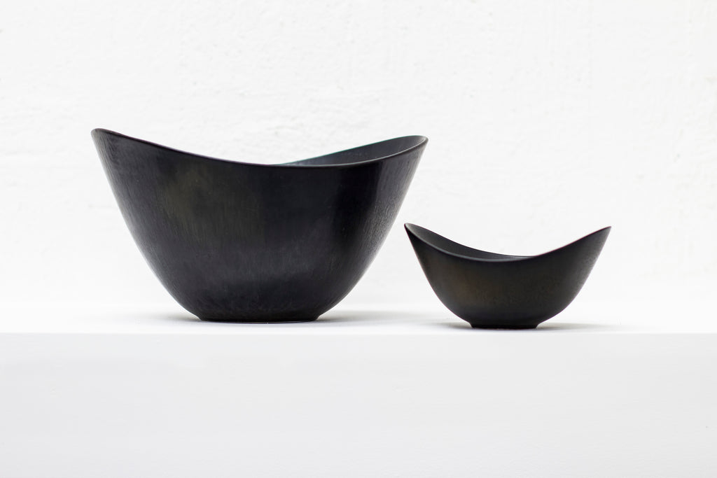 Set of two bowls by Gunnar Nylund