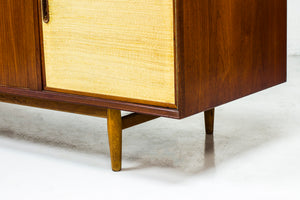 OS 28 sideboard by Arne Vodder
