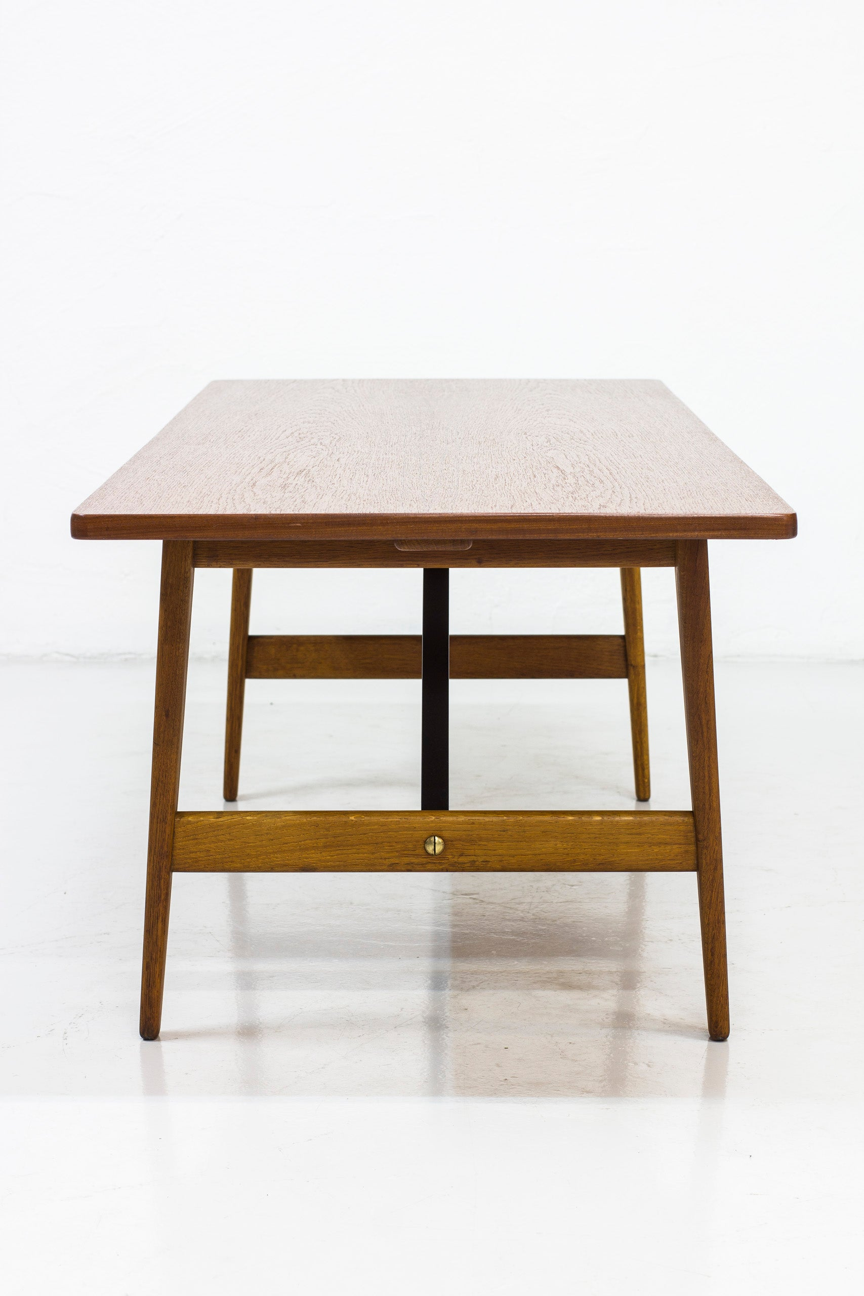 "Sofa table ""260"" by Børge Mogensen"