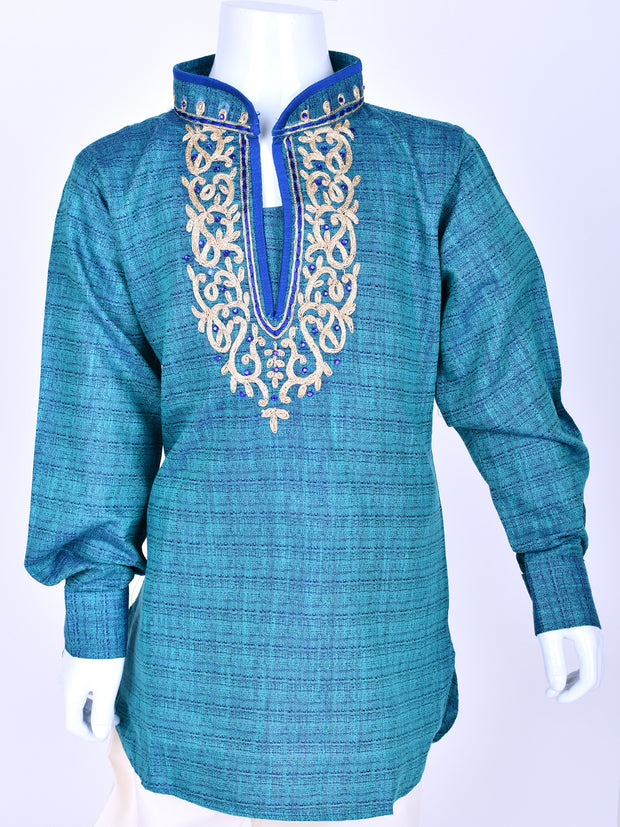 Blue Shaded Embroidered Kurta
