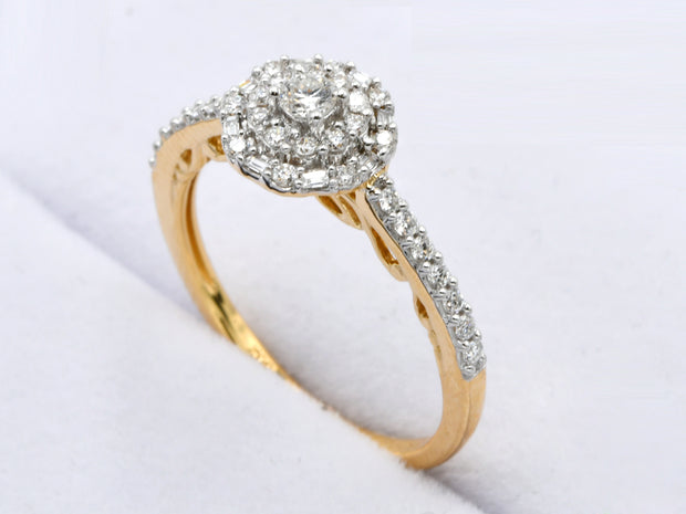 18ct Gold 0.36ct Cluster Diamond Ring