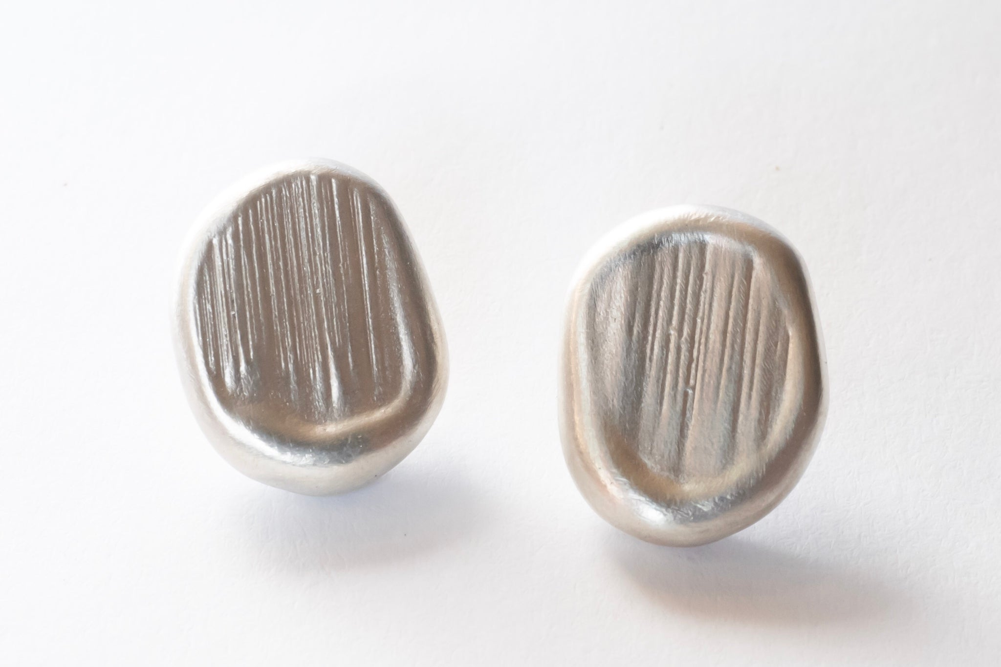 Áspero Earrings