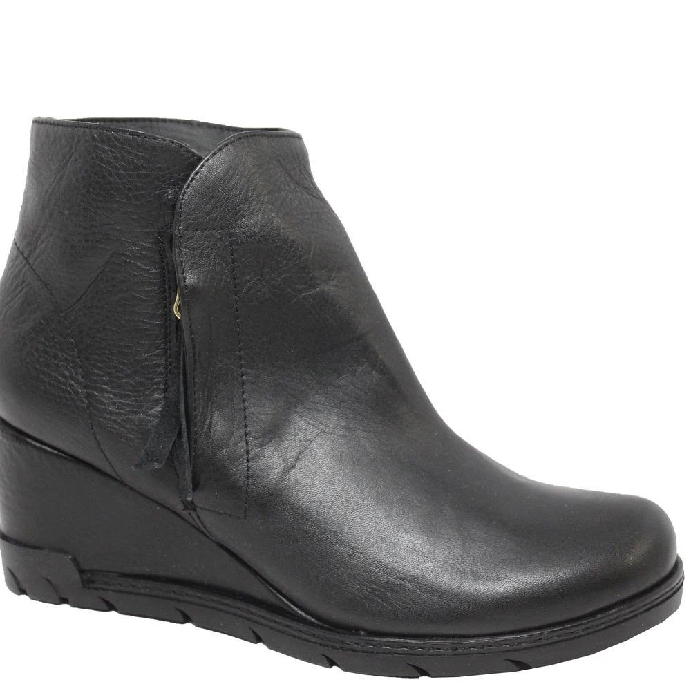 Eric Michael Margot Booties Black Leather Low Weadge MADE IN SPAIN Ankle Boots
