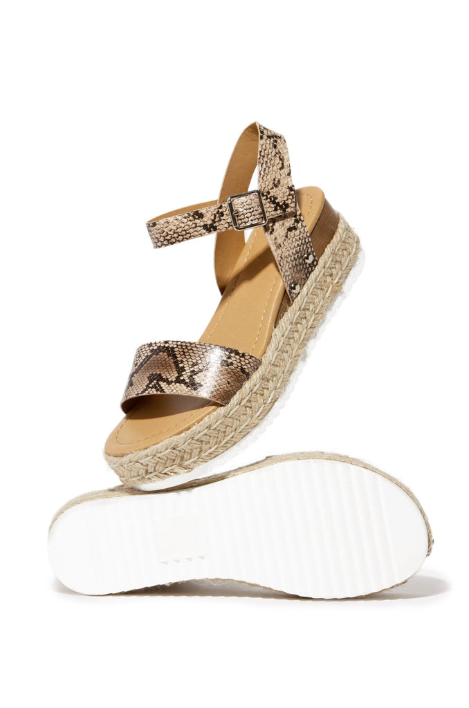 Soda Clip Natural Python Casual Espadrilles Trim Flatform Wedge Sandals