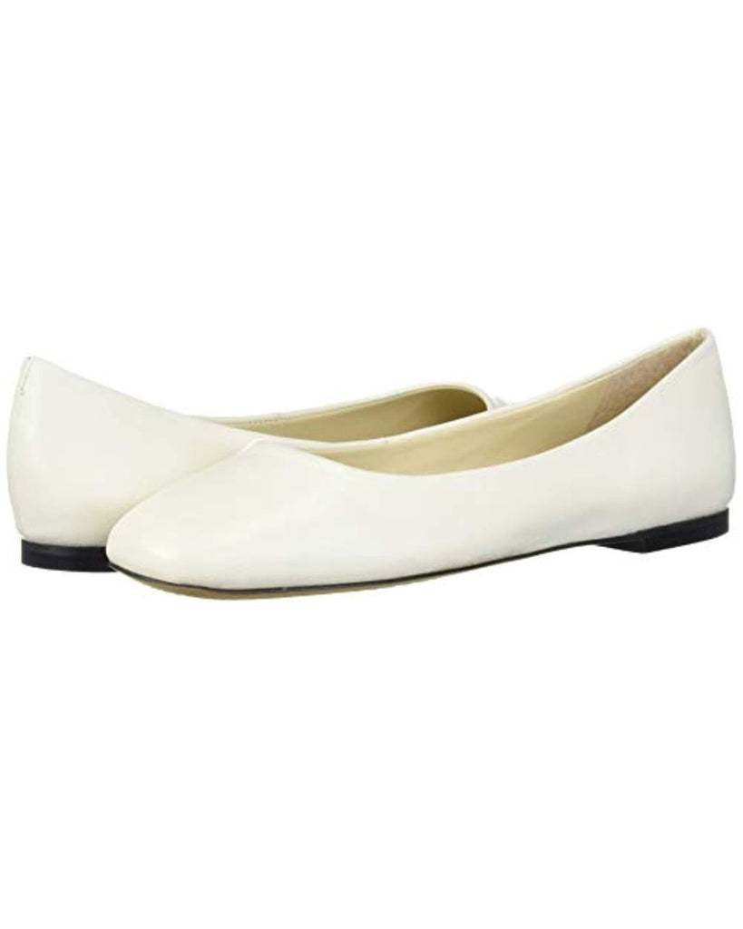 Vince Camuto Women's BICAnna Ballet Flat Warm White Leather Round Toe