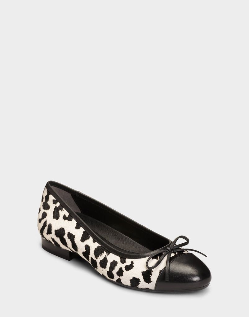 Aerosoles Women's Outrun Ballet Flat Bone Multi Black Spotted