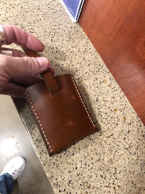 Minimalist Wallet w/pull strip