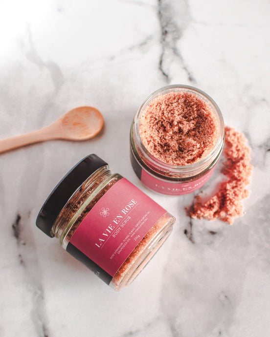 La Vie En Rose - Hand-Crafted Natural Body Scrub (230g)
